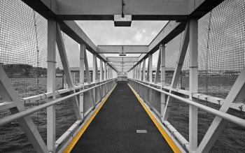 IMG_1845 Diagonal Bridge2 Yellow Stripes
