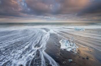 11-Day7-Jokulsarlon-Ice-Lagoon-Beach-Bergs4