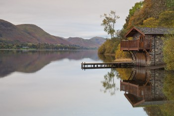20-10-19-Boathouse-Sunrise---Pooley-Bridge---close-reflectionsIMG_3404